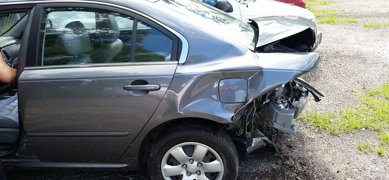 7 Steps You Need To Take Right After An Accident | PaintandBody